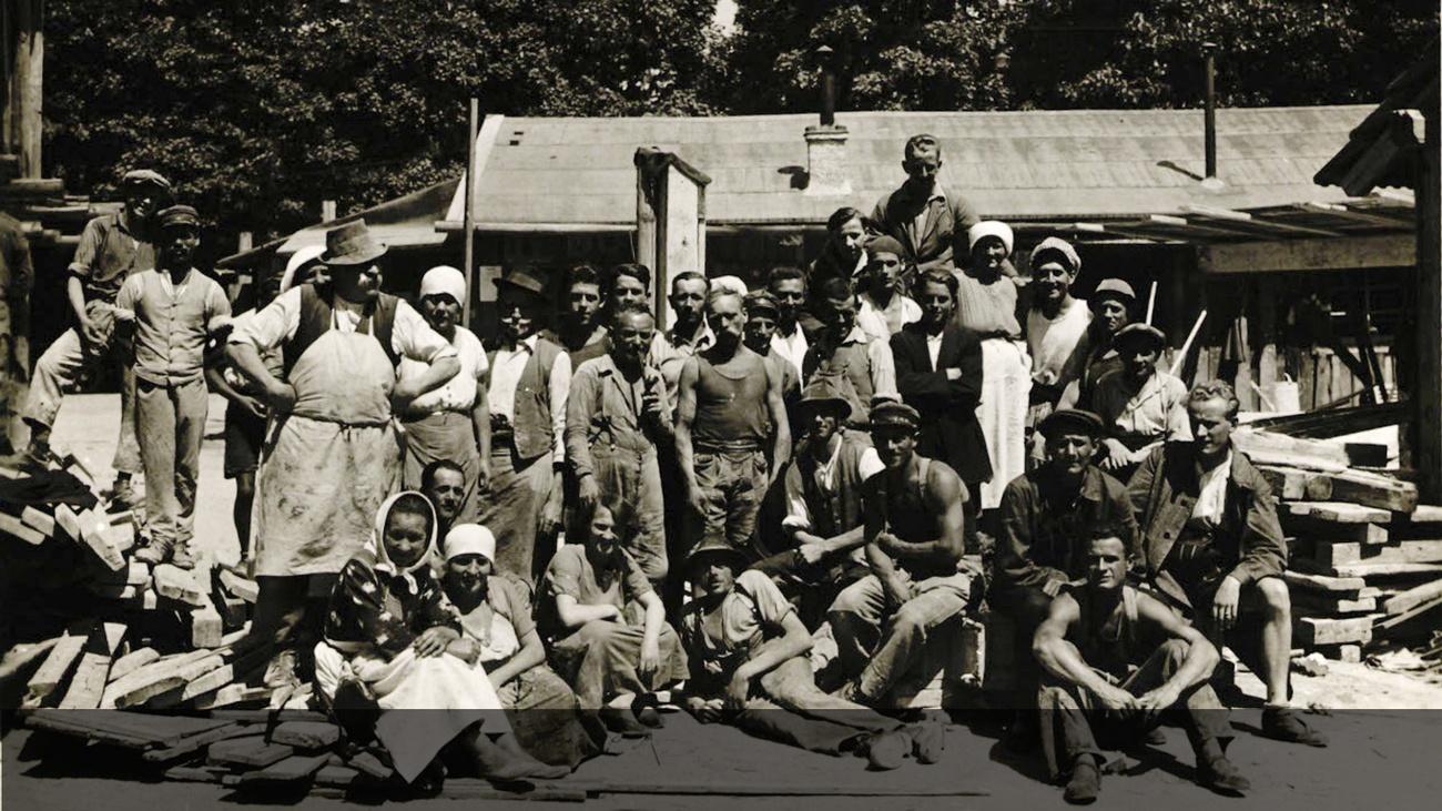 Gruppenbild der BauarbeiterInnen © -, AKOÖ