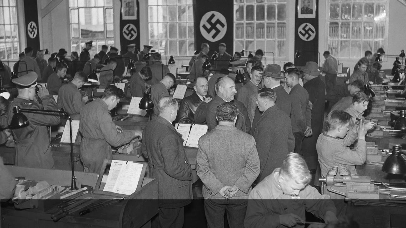DAF-Berufswettkampf von Lehrlingen © -, Archiv der Stadt Linz