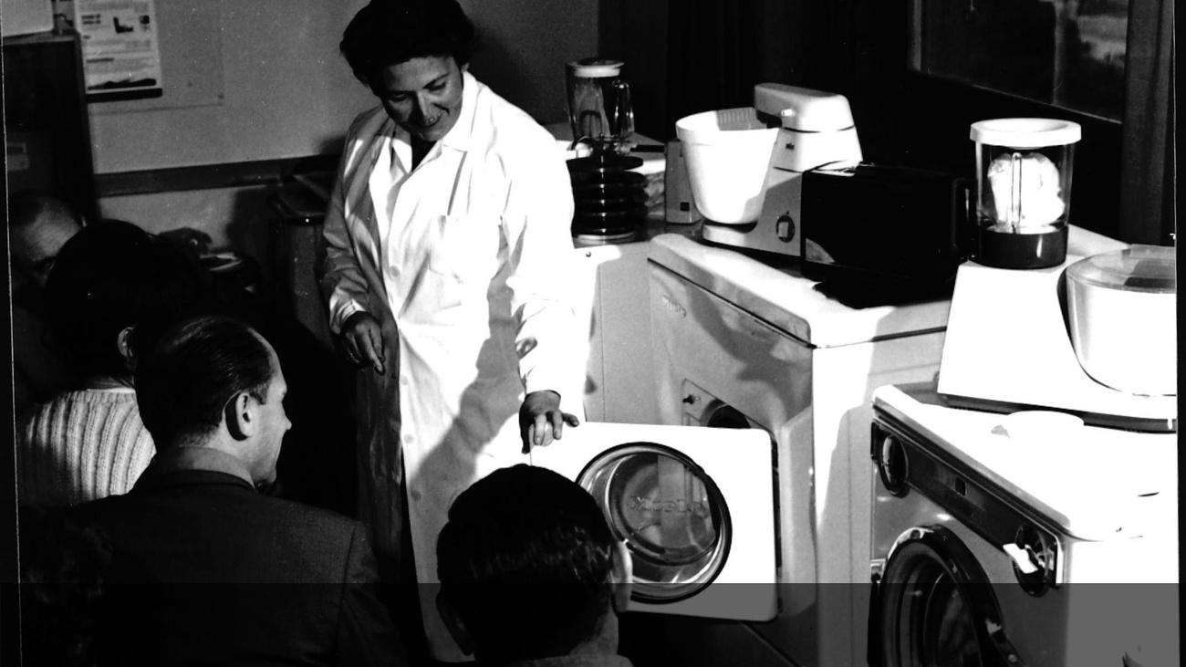 Moderne Waschmaschinen © -, AKOÖ