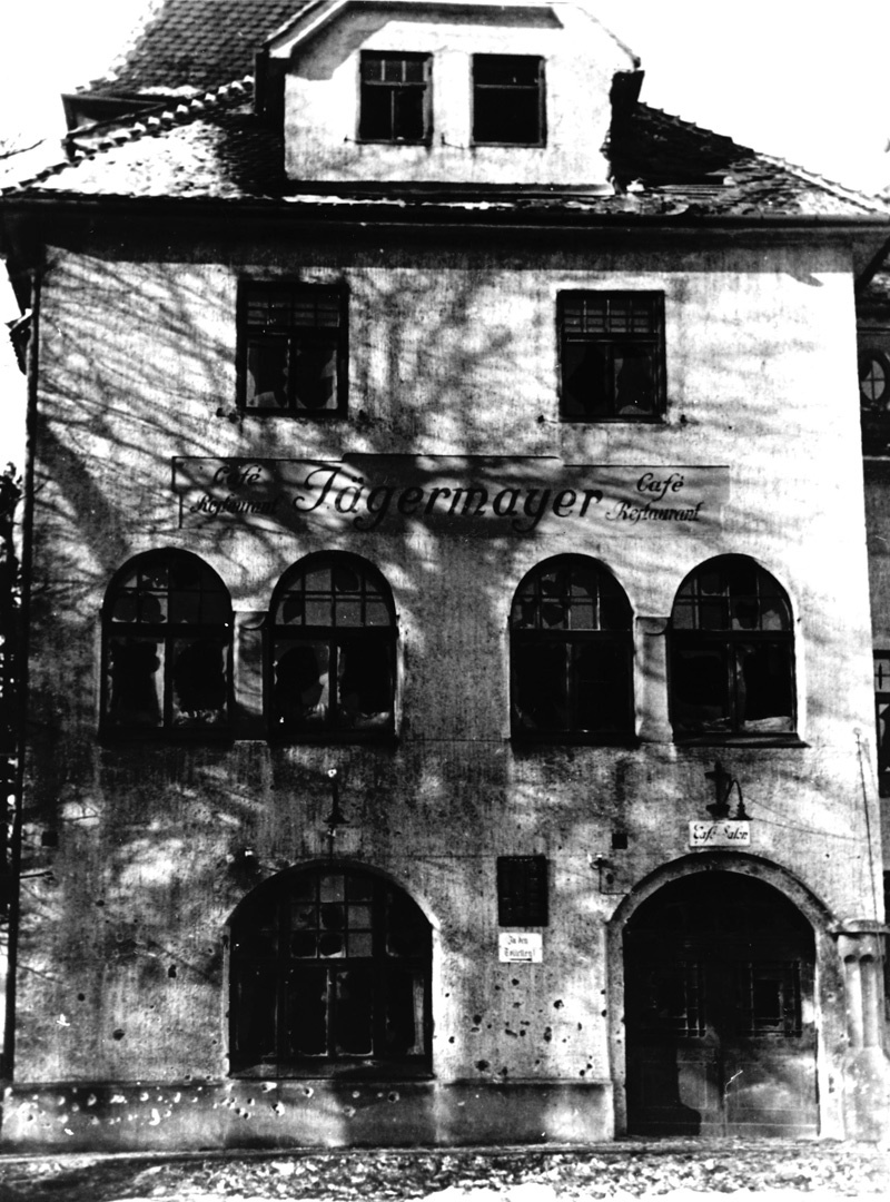 Jägermayrhof zerschossen 1934 © -, AKOÖ